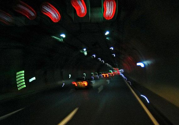 Claus Fries: Tunnelfahrt