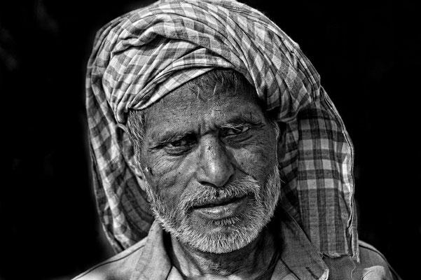 Gesichter Asiens Indien [ 1.Preis s/w Juroren-Wertung und 2.Platz Besucher-Wertung ]