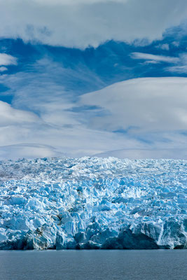 Berthold Rosenberg: Lago + Glaciar grey
