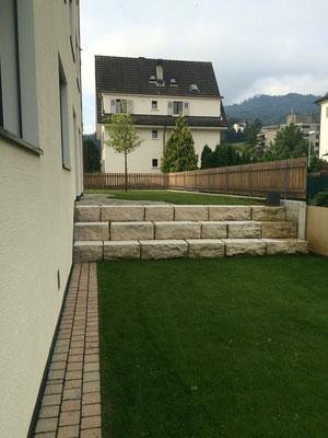 Jura-Kalksteinmauer