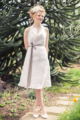 "Sommerkleid in weiß ""Sternenfee"" in knielang aus Biobaumwolle"