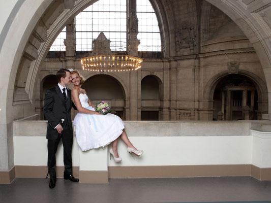 elegantes kurzes Brautkleid fürs Standesamt