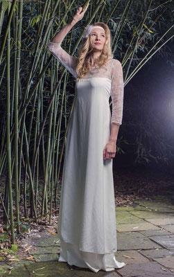 """Hippie Brautkleid mit Ärmel aus Spitze """"Lichterhauch"""""""