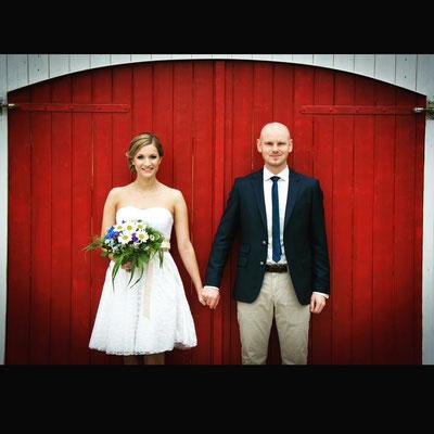 """kurzes Brautkleid mit Blätterspitze """"Sonnenpracht"""""""