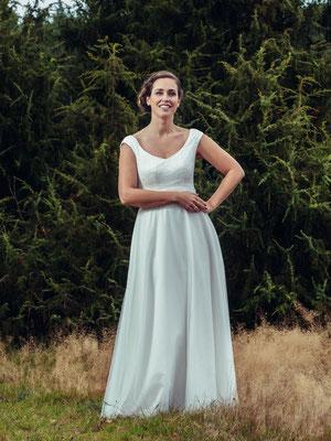 """Vintage Brautkleid mit zartem Tüllrock """"Emi"""" - elementar Brautkleider 2018"""