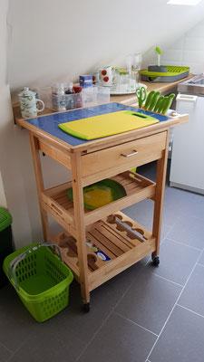 Küchenwagen ausgestattet mit Besteckschublade