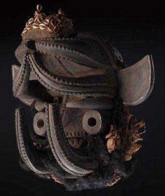 マスク  コートジボワール ゲレかウォベ  木、貝、ラフィア 長さ525mm