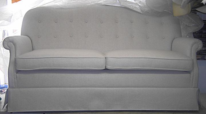 Stilmöbel Sofa