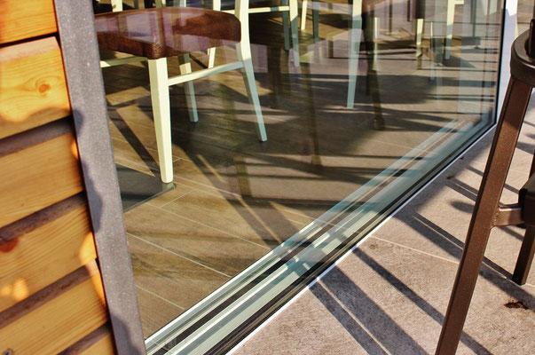 scorrevole panoramico filo pavimento