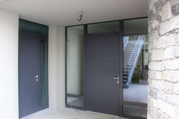 Porte d'ingresso in alluminio a taglio termico