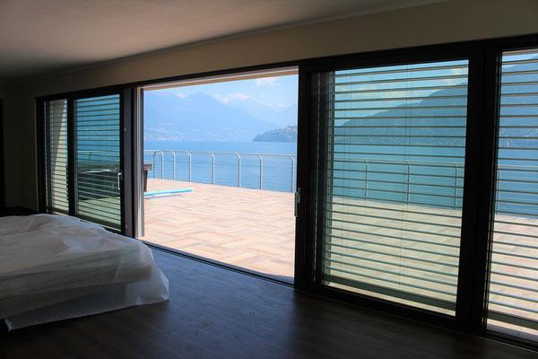 Serramenti in alluminio villa lago di Como