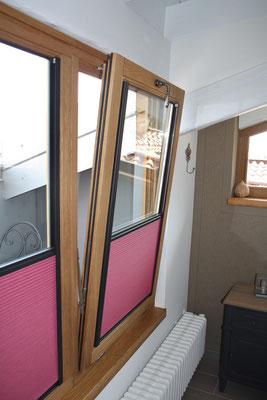 finestra in legno con anta ribalta