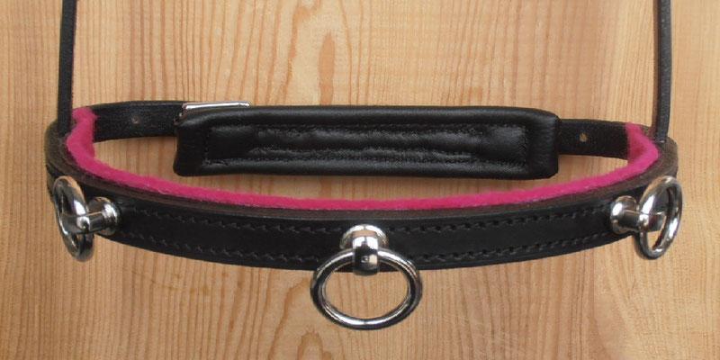 Akademischer Kappzaum *HIRONDELLE*, 2 Ringe, Wollfilz Pink