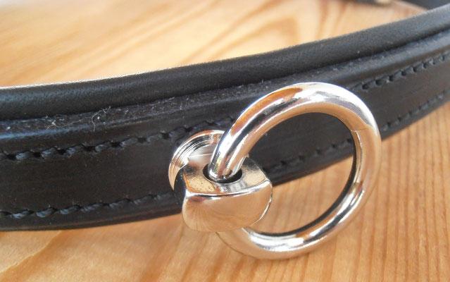 Akademischer Semi-Kappzaum *HAIKO*, Detail Softlederpolster und Ring