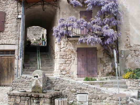 Middeleeuwse dorpje Chalençon.