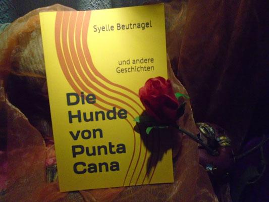 Taschenbuch 'Die Hunde von Punta Cana' von Syelle Beutnagel