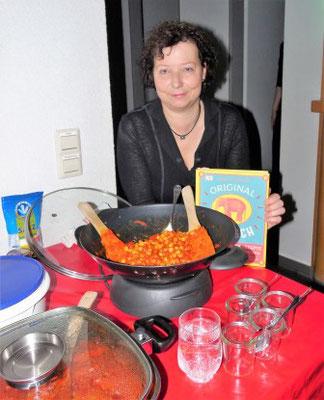 Für die Liebhaber der indischen Küche gibt es inzwischen zahlreiche Rezeptsammlungen zum Nachkochen. Foto: Negel-Täuber