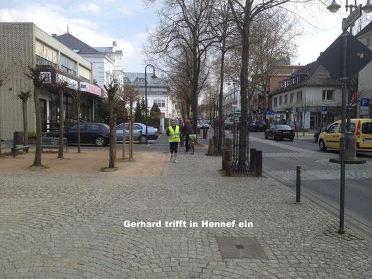 Gerhard trifft in Hennef ein...