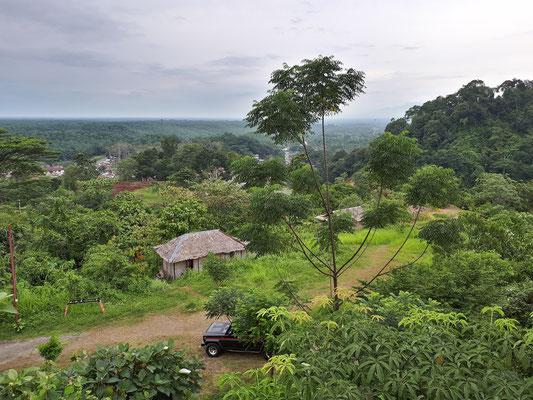 View from the Bukit Lawang Hill Resort. © Jasper Boldingh