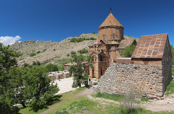 The monastery on Akdamar Island is well preserved and is decorated with many interesting reliefs on its walls.