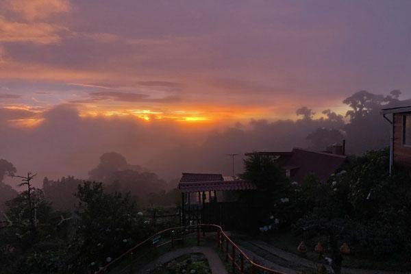 Sunset over the Paraiso Quetzal.
