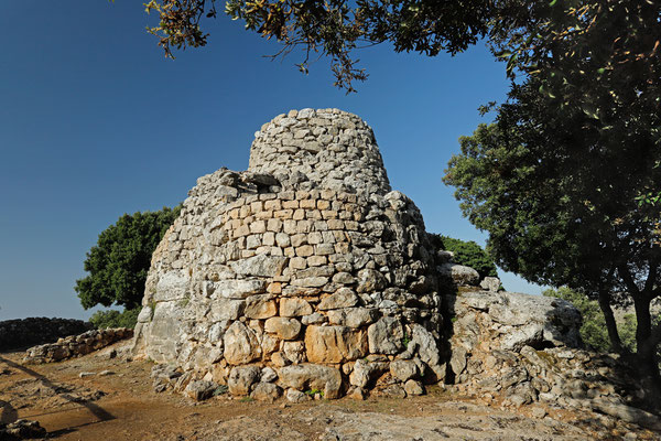 Well conserved Nuraghe of which the purpose is not clear yet.