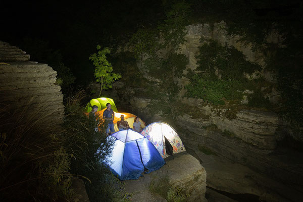 Our camp and happy campers at night. © Jasper Boldingh