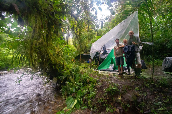 Happy campers at the second camp along the Rio Lori. © Wouter Beukema