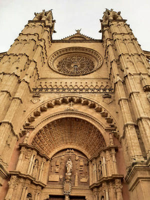 La Seu Cathedral © Sander Schagen