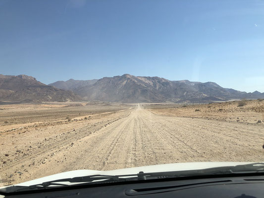 Approaching the Brandberg.
