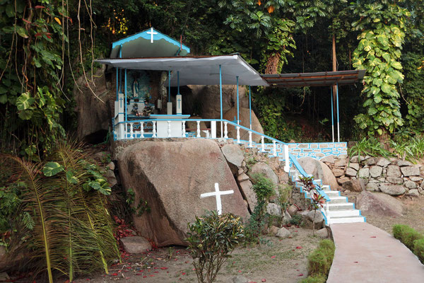Little chapel in the jungle.
