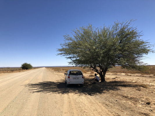 Break along the road towards Sossusvlei.