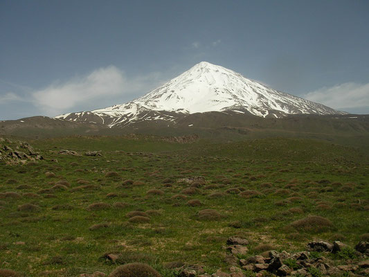 Mount Damāvand, 5610m absl and, according to Zoroasterian mythology, home to the three-headed dragon Aži Dahāka.