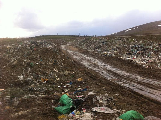 Dumpsite just outside Sarikamis. Great place to see bears though...