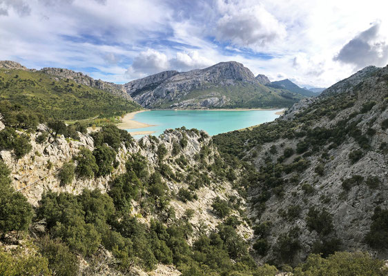 Cuber Lake high in the mountains.