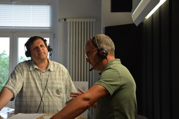 ON AIR im Tonstudio  -  Moderator Uwe Schwarz und Torsten Zimmermann.