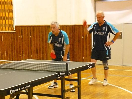 Peter Seelmann & Norbert Witt (v.l.) als MSV IV im Doppel-Einsatz. Als erfahrenstes Mühltroffer Team erreichten sie das Viertelfinale.