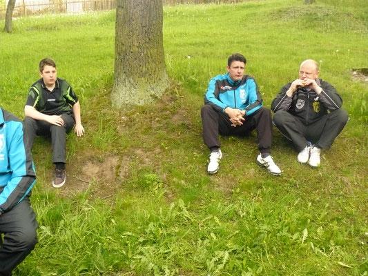 Vereinspokal 2016 - Grillerchen nach der Vorrunde v.l.: Leon Broßmann, Marcel Ring und Bernd Heller