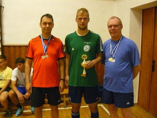 Sieger im Einzel  -  v.l. Holger Knoch (3.), Jakob Pieles (1.), Franz Kuhl (2.)