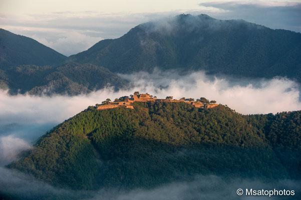 HYOGO Province -  ruínas do castelo de Takeda.