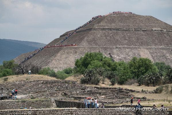 MÉXICO - Teotihuacan, Piâmide do sol.