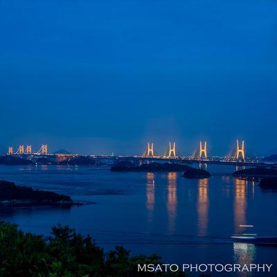 33 - Províncias de OKAYAMA e 36 - KAGAWA. A grande ponte de Seto. Esta ponte liga as províncias de Okayama e Kagawa e possui o vão mais extenso do mundo para uma ponte de duas camadas(rodoviária e ferroviária).