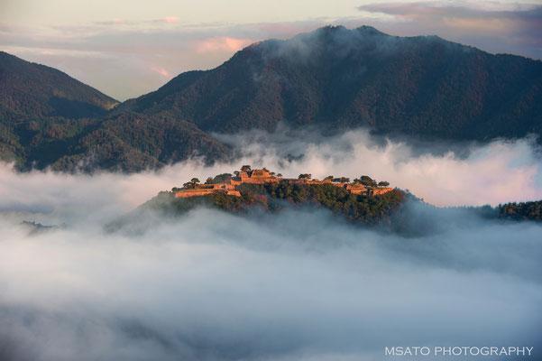 HYOGO Province -  ruínas do castelo de Takeda_02.