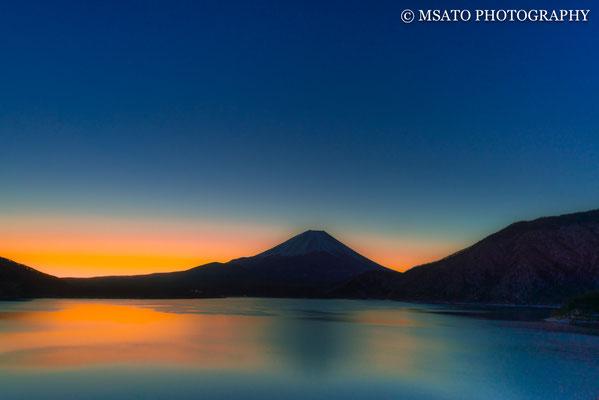 27 de janeiro a partir do lago Motosu, província de Yamanashi(15).