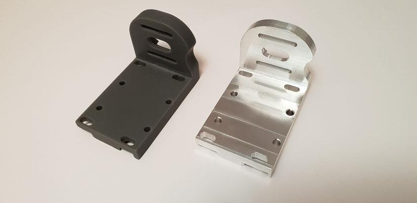 Die Rückseite der Stereolithographie Druck- und CNC-Variante. Brilliante Maßhaltigkeit und Oberflächengüte bei beiden Teilen.