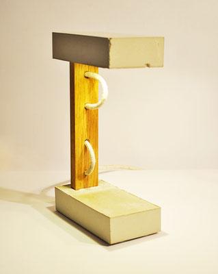 SANDWICH Tischlampe_ Eiche 27cm x 16cm x 8cm_ LED Glühbirne 15W_  LeInentextilkabel_ Preis: 120€