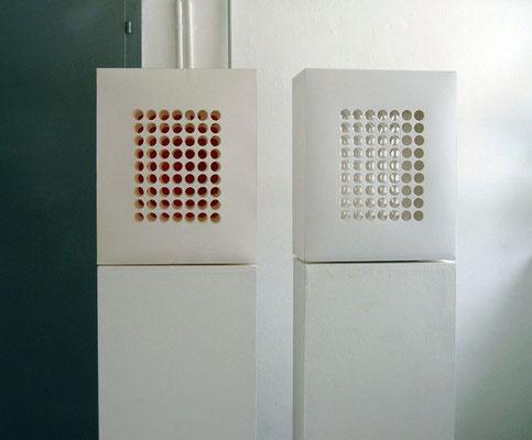 Objekte I.+ II.,Papier ,22 x 45 x 55cm, 2006
