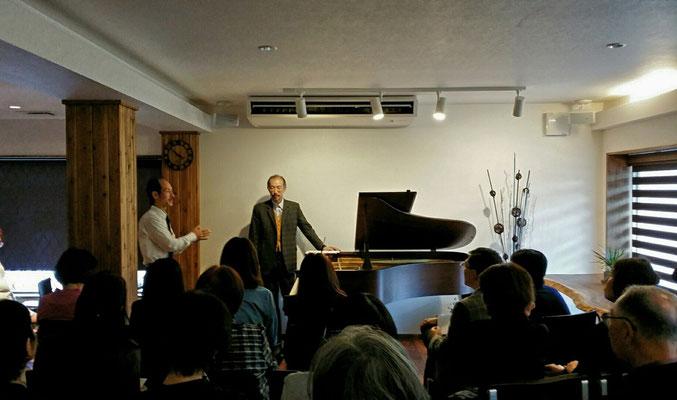 2014.10 クナーベイベント②調律師の成川さんのトークも交えて♪