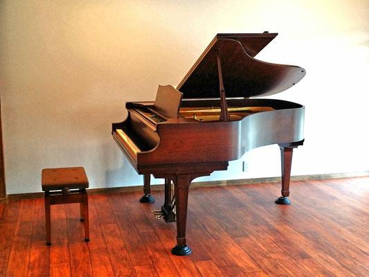 アンティークピアノ・クナーベ『アリストクラート』