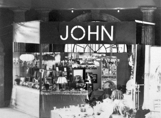 Messestand John, Sammlung Marie-Luise Matla, geb. JOHN, Digital im ONLINE-MUSEUM BAD NAUHEIM